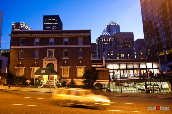 A night time view of the Women's University Club, a great wedding venue in downtown Seattle. (Photo by Dan DeLong/Red Box Pictures)