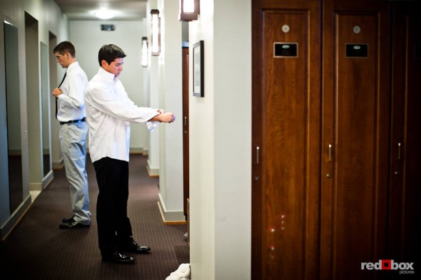 Brian gets dressed for his wedding at the Plateau Club in Sammamish, WA. (Photo by Dan DeLong/Red Box Pictures)