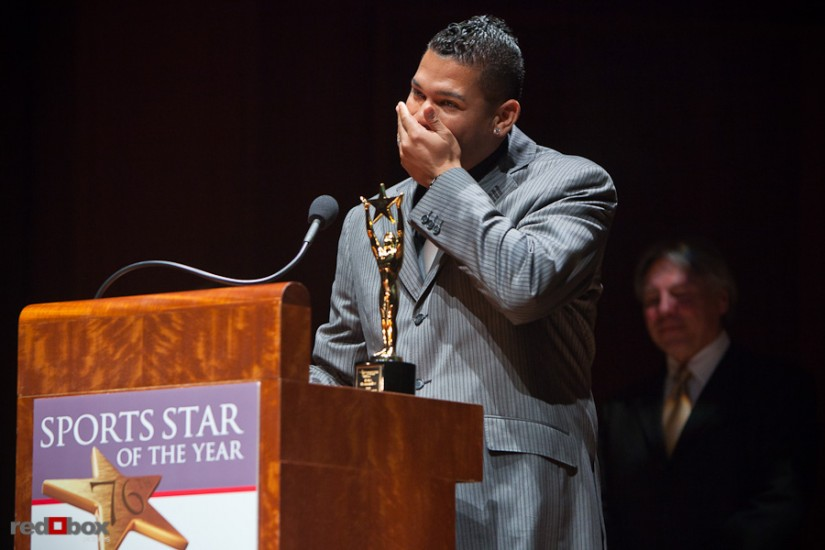 felix-hernandez-emotion-award-photo.jpg