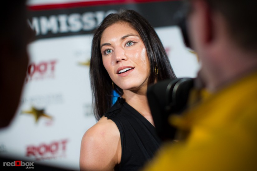 hope-solo-red-carpet-photo.jpg