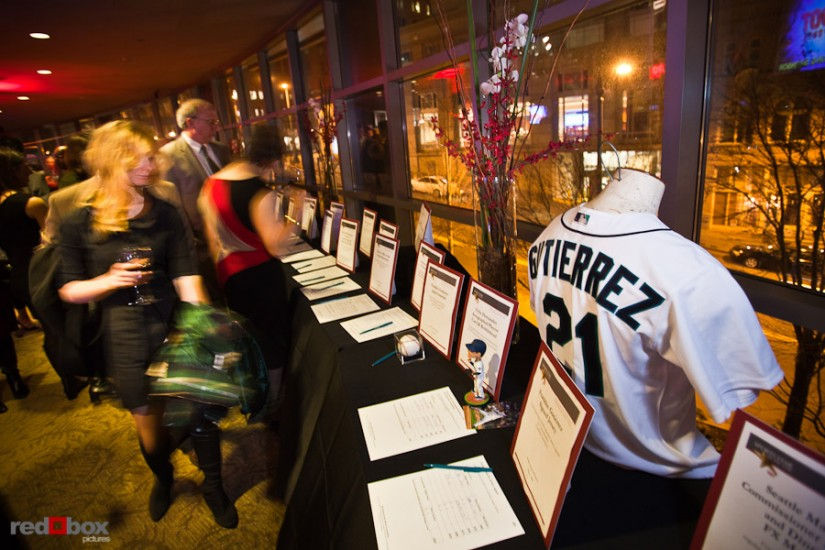 seattle-sports-memorabilia-auction-photo.jpg